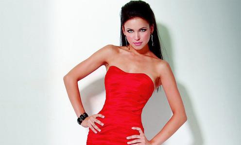 Акценты к красному платью